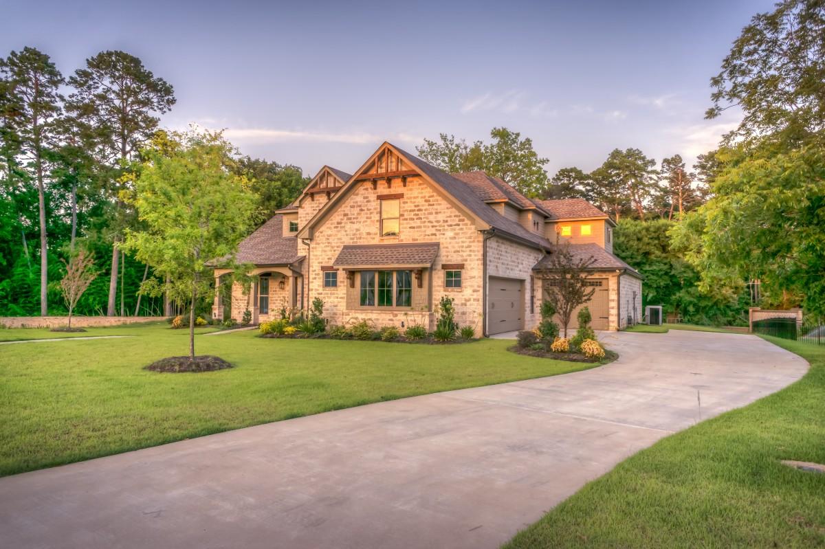 exterior_home_house_luxury-542565.jpg