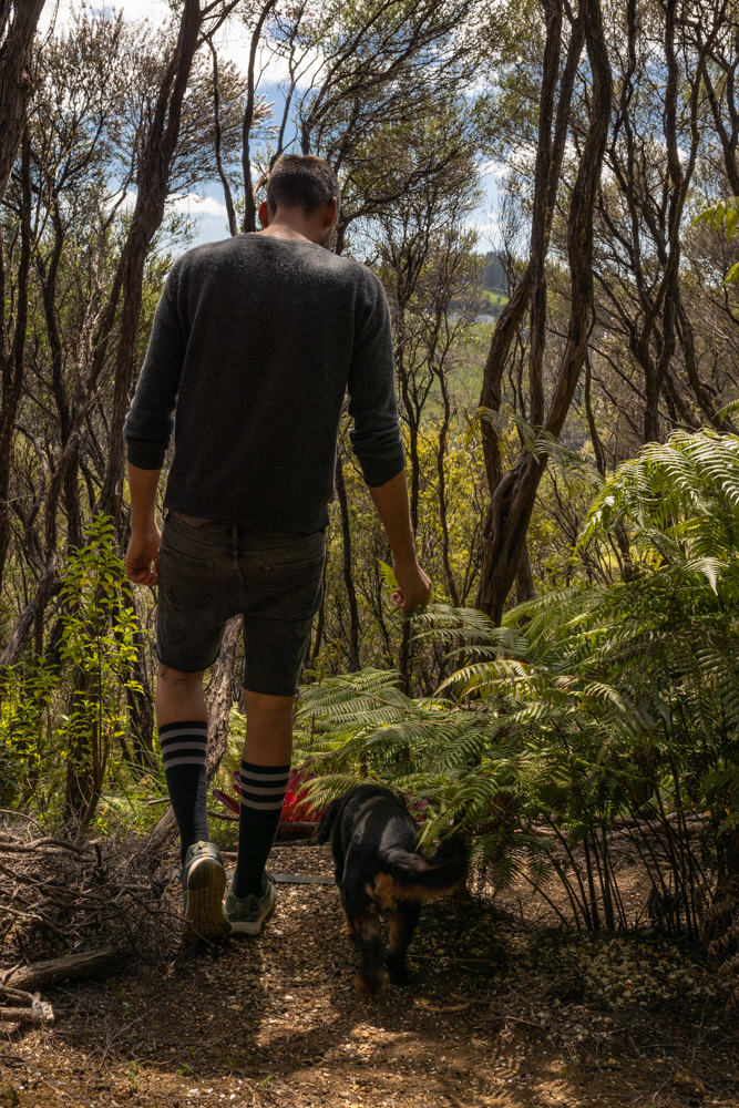 Toby & George on the hidden Bushwalk to the Groves