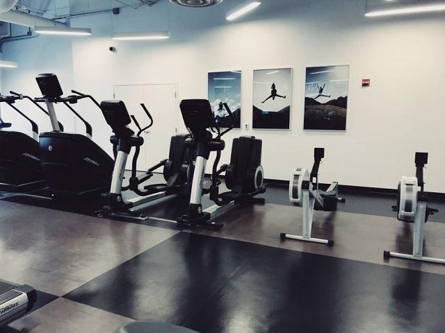 Radisson Aqua_FitnessCenter3_Med.JPG