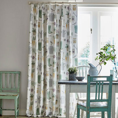 4-fabric-curtains-dining-room-country-style-potting-room-at-style-library.jpg