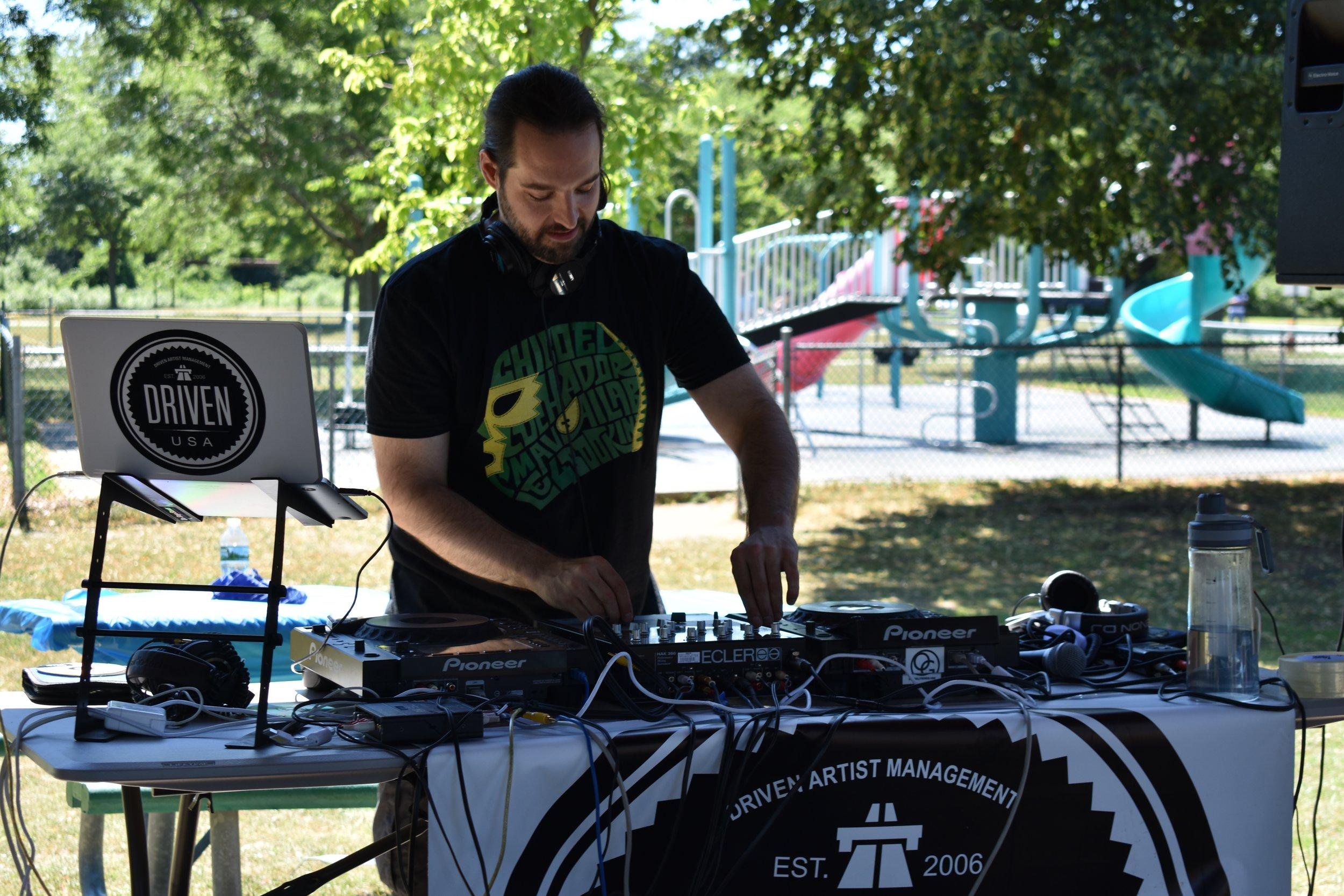 DAVE SHICHMAN @ 14th Annual DnB BBQ - Cedar Creek Park, New York  July 7th, 2018   https://youtu.be/X488dknAZtU