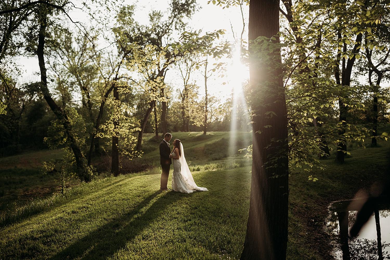 BrittanyGilbertPhotography_Wedding_HiddenWatersWaxahachie22.jpg