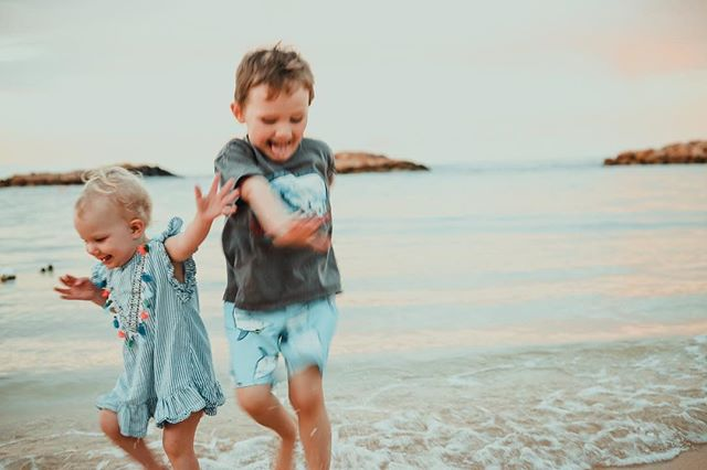 Sometimes the blurry photos are simply the best photos because they capture the true moment. This was Mila + Carters first ever time in the ocean. There is no way they could sit still for a nice photo. Actually looking back at our Hawaii pictures I can honestly say I do not have 1 Instagram worthy photo but I do have 1 million amazing memories.  Carter asks at least once a week if we can go back to Hawaii.  #PureBliss #TakeMeBackTuesday