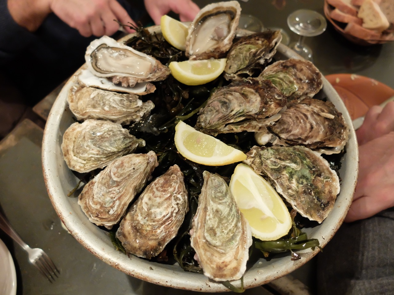 boite-a-sardine-oysters-marseille
