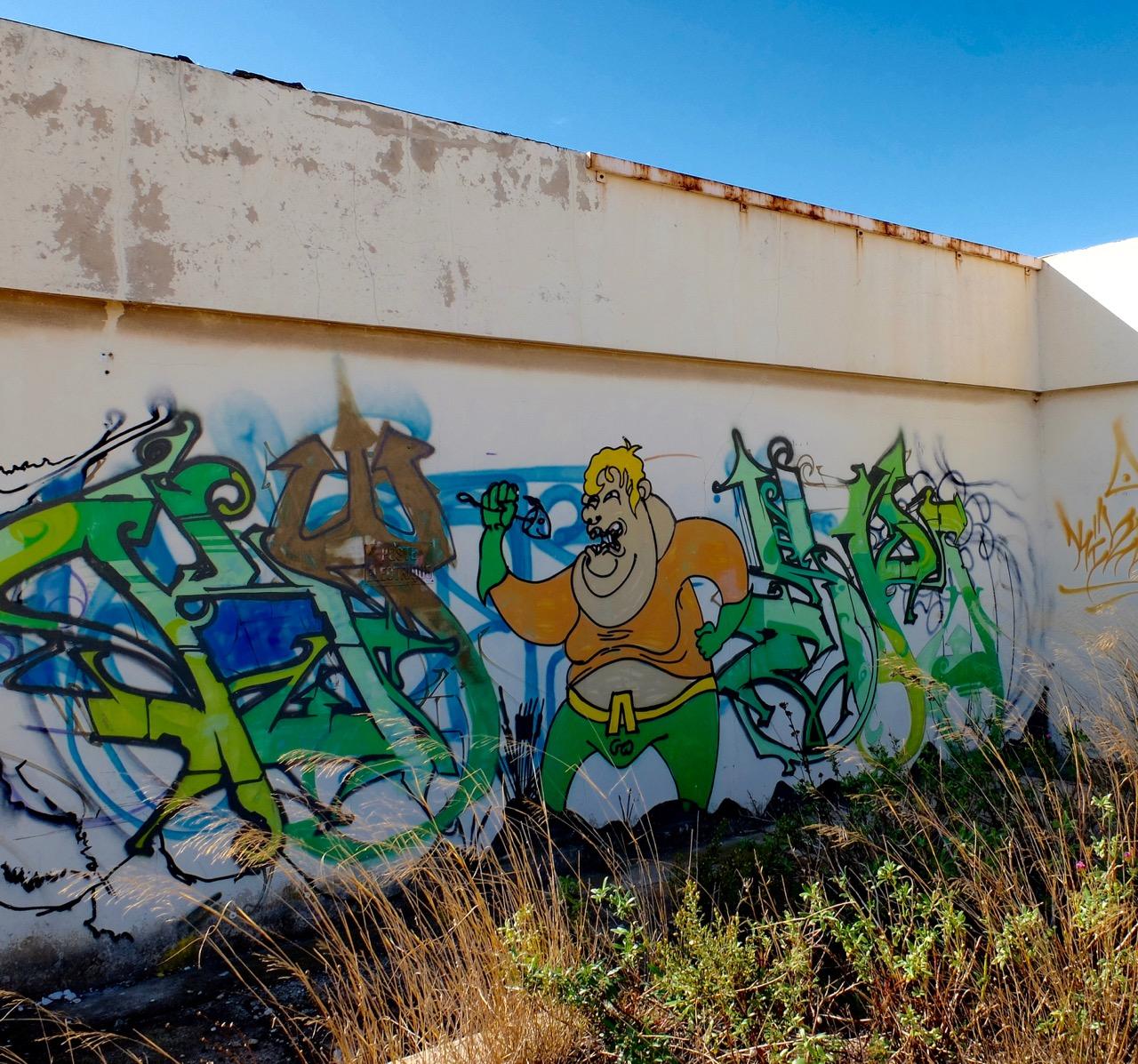 marseille-fish-graffiti