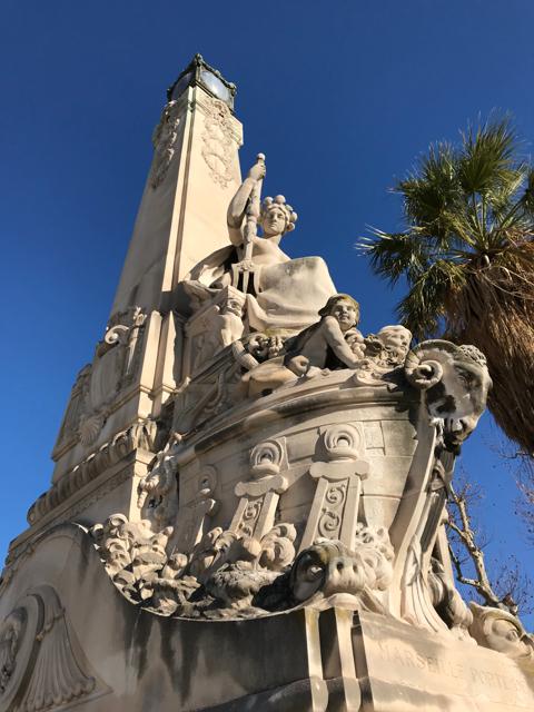marseille-saint-charles-statue-porte-orient