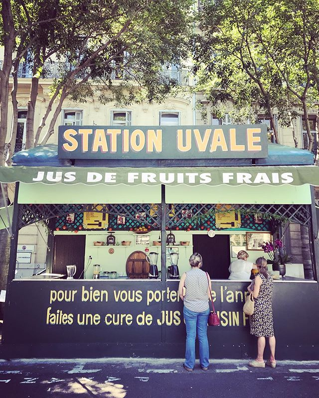 For 35 years, the Station Uvale has been quenching marseillais thirst with their jus de raisin. Made fresh each day with Vaucluse-grown grapes, this curative sup is ideal for petit déjeuner, an afternoon refreshment, or when you just want to cool off in the heat. Maryse and Eugene (he's the man in the vintage photos) also make fresh juices like pineapple and peach. Find them on the corner of cours Pierre Puget and rue Breteuil. Open from 9h-19h Mon-Sat from May - October. . . . . Ça veut dire: Le meilleur remède pour le chaleur? Le jus de raisin 🍇 a Station Uvale