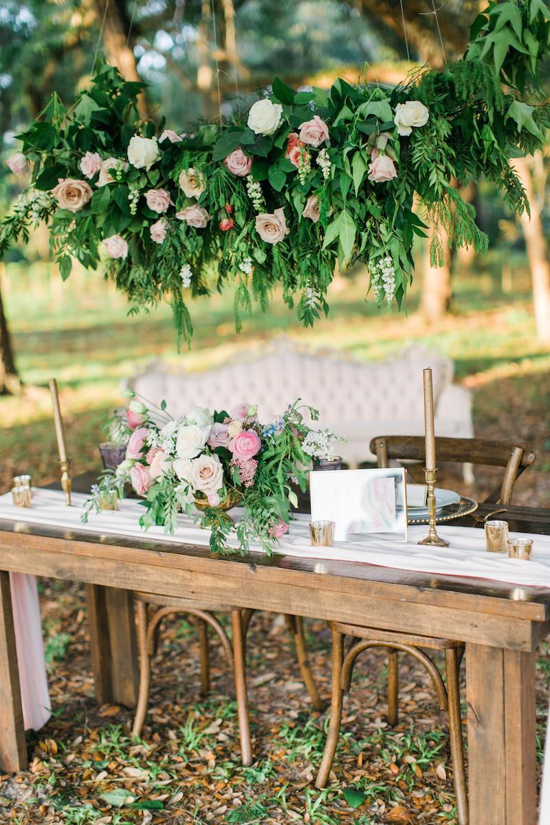 florida-orange-blossom-barn-unicorn-shoot-tablescape-4-1.jpg