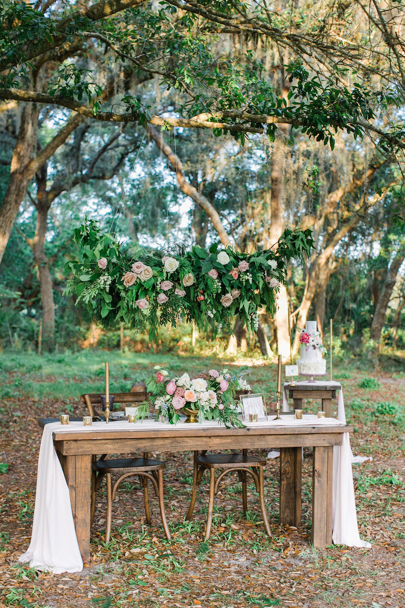 florida-orange-blossom-barn-unicorn-shoot-tablescape-2-1.jpg