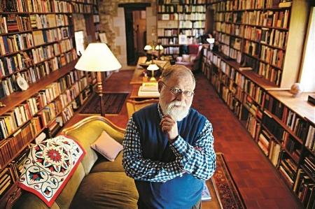 Alberto Manguel, argentino com cidadania canadense, é o curador de fevereiro