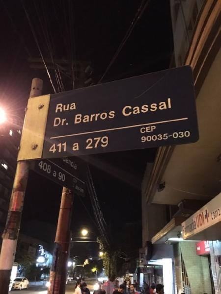 A esquina a meio caminho entre o Bambu's e o Garagem Hermética (Foto/Marcelo Gross)