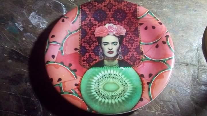 Porcelanas decorativas da Of Design: poesia visual que transita entre o feminino, o místico e a contemporaneidade