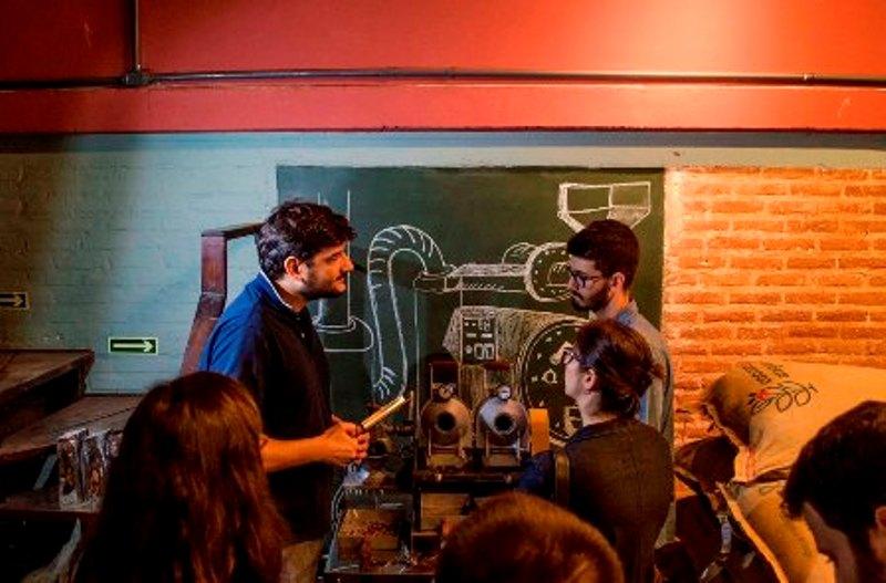 Cursos e workshops ajudam a divulgar a cultura dos cafés especiais (Foto Daiana Dietzmann/Divulgação)