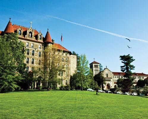 chestnut-hill-college.jpg