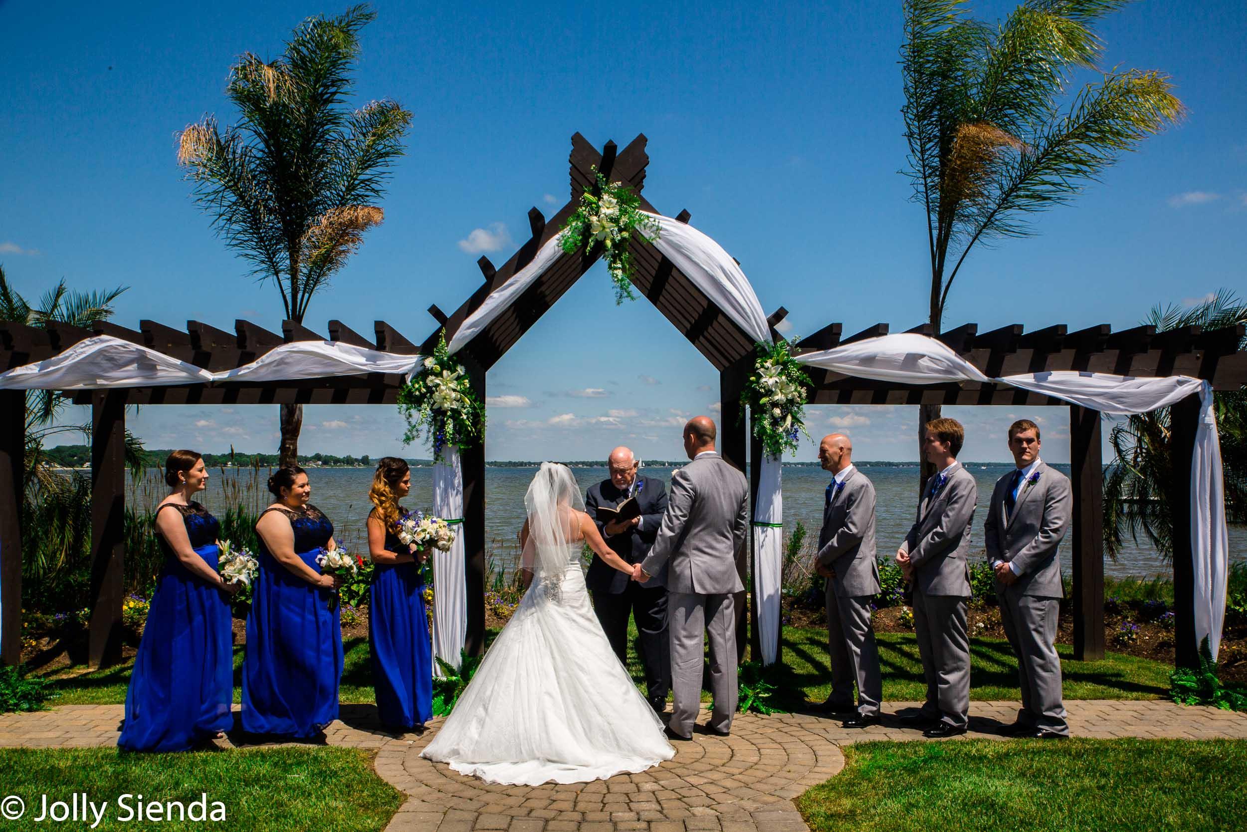 Wedding photography for a Hawaiian style wedding