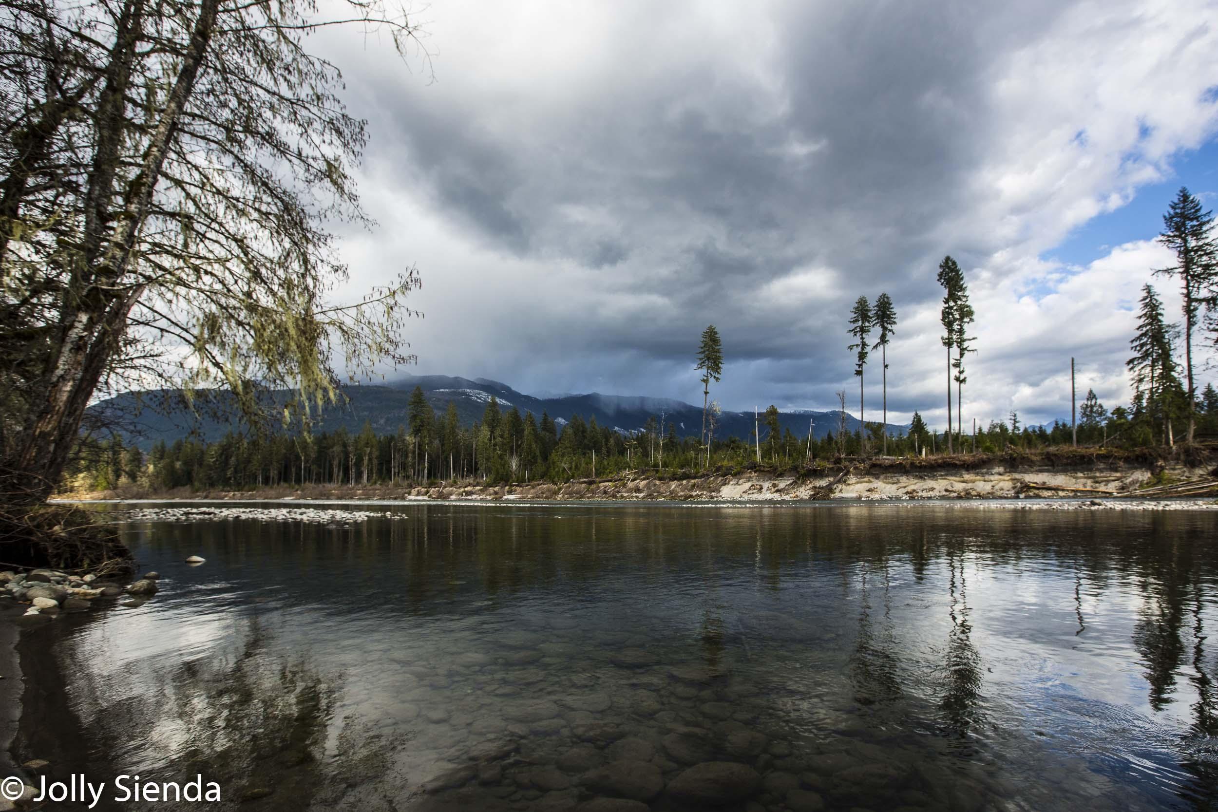 Sauk River and the Cascade Mountains