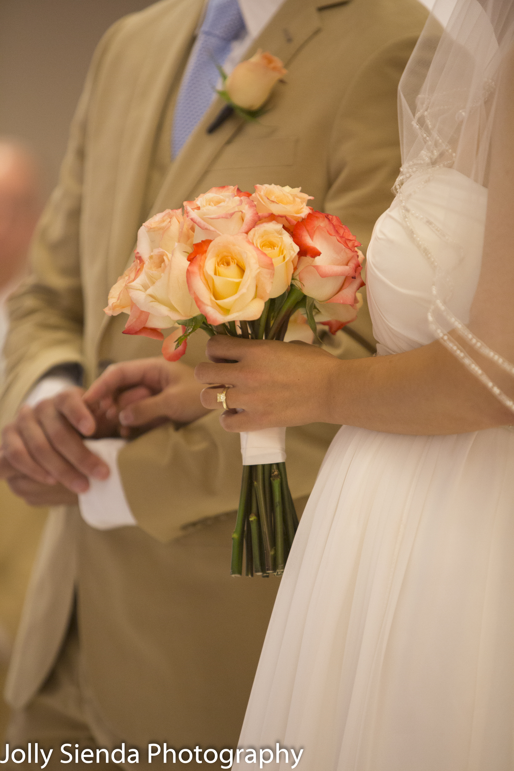 Wedding ring and roses, wedding photography