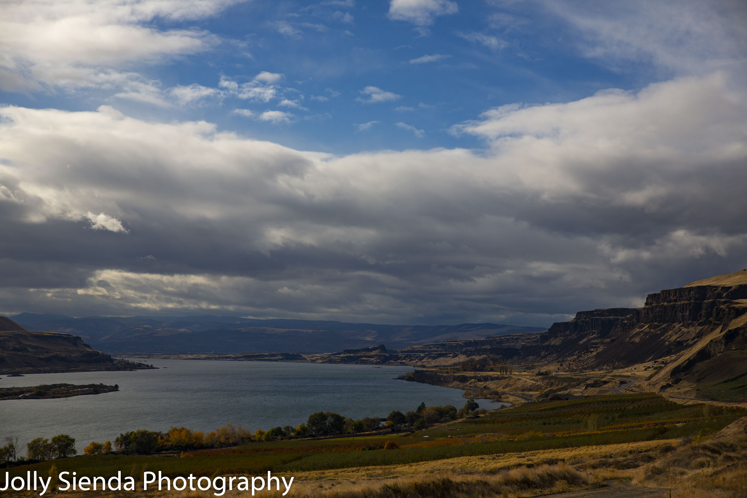 Columbia River Gorge near Maryhill, Washington