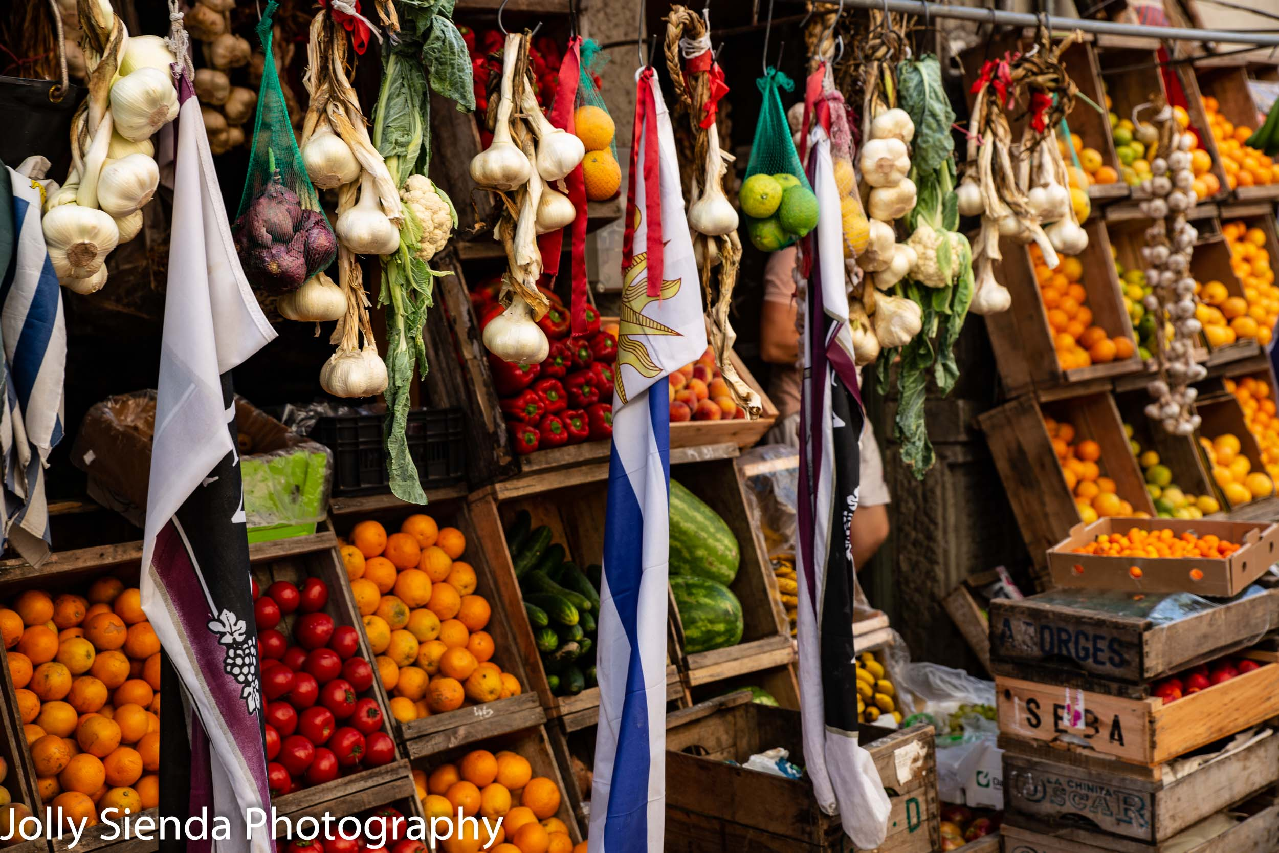 Outdoor fruit and vegetable market