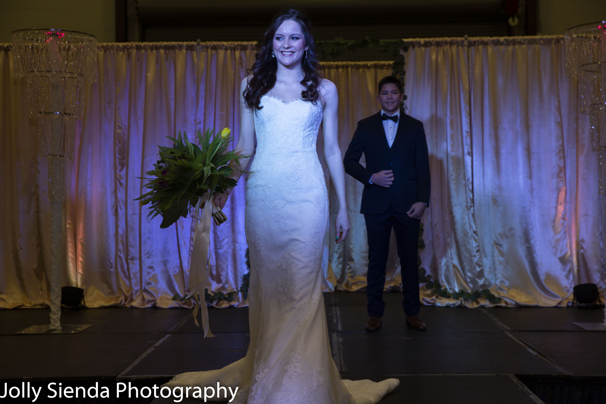 Wedding Fashion Show, Kitsap Wedding Expo 2019. Photo credit Jolly Sienda Photography