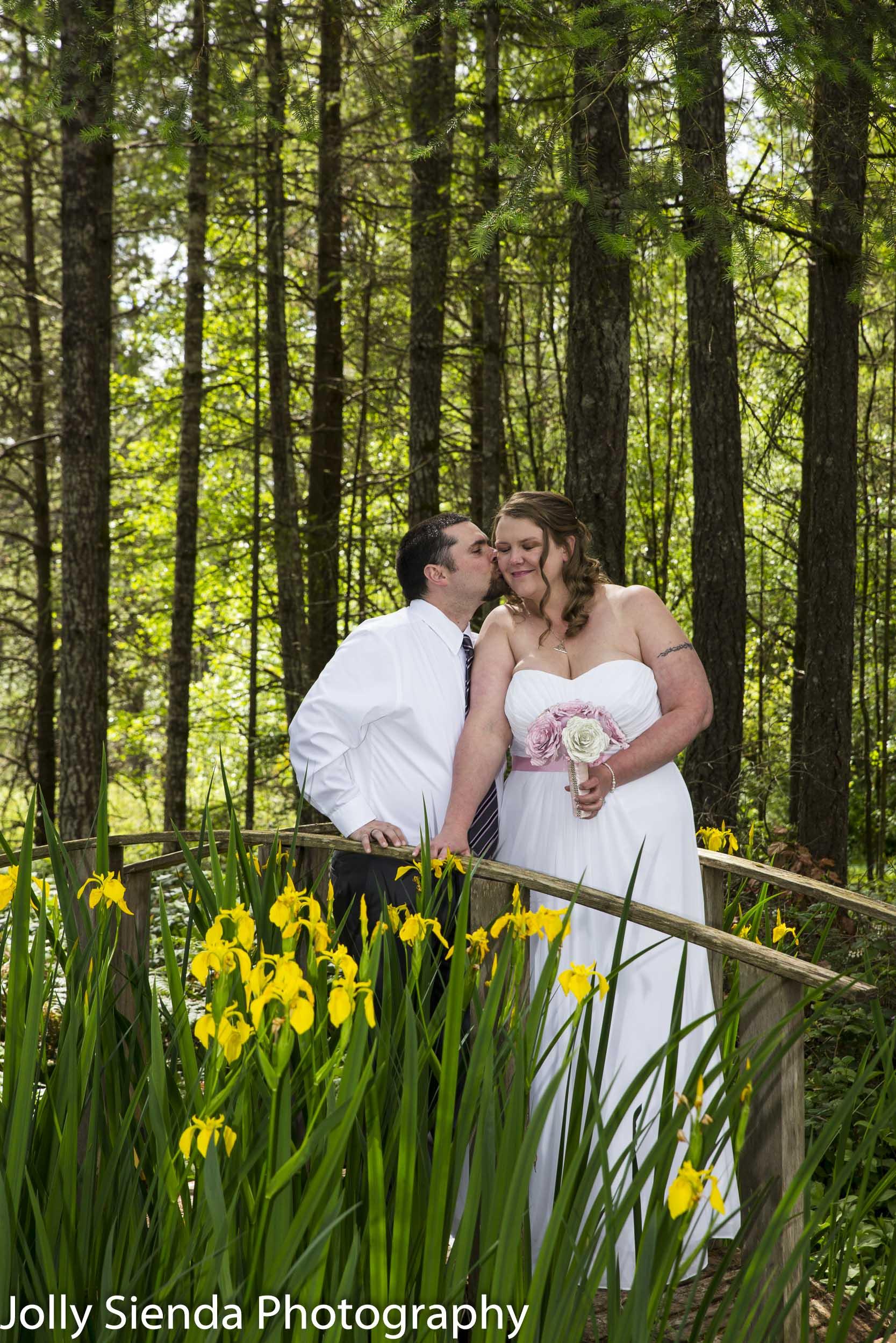 Bride and groom outdoor portrait wedding photography