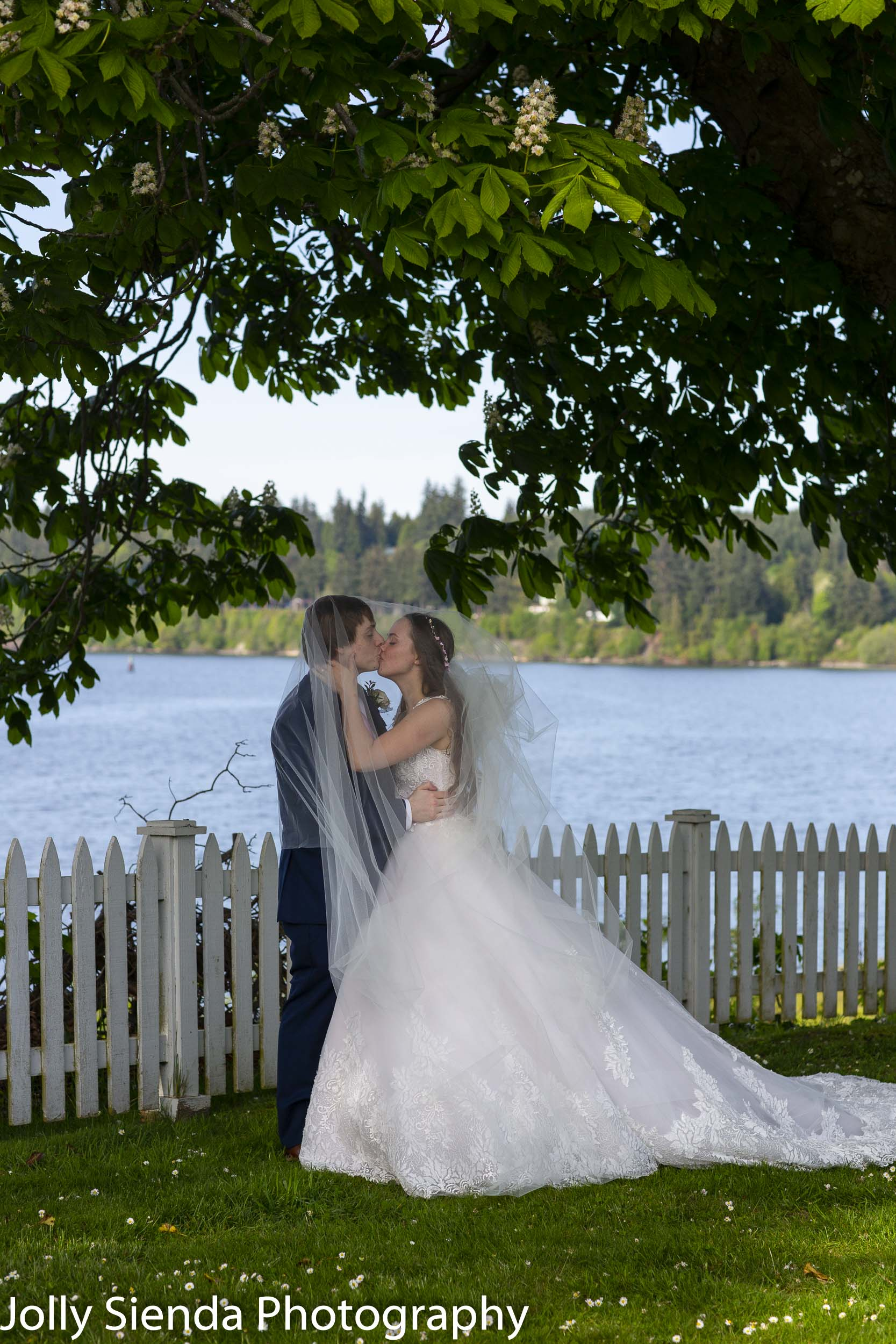 Lilly and Aaron Shouldis wedding photography