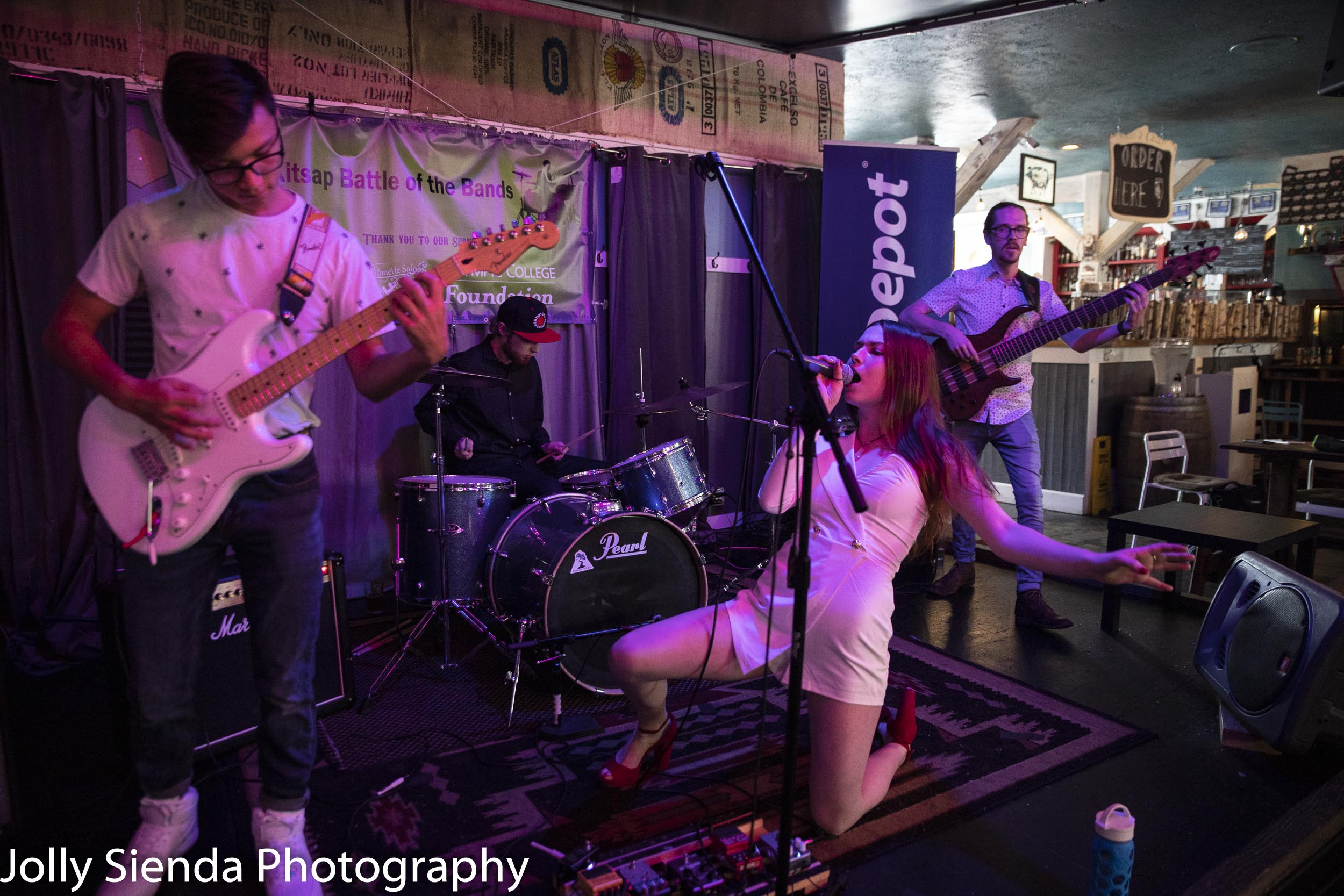 Zoe Morton Band, Kitsap Battle of the Bands, Slippery Pig, Jolly Sienda Photography