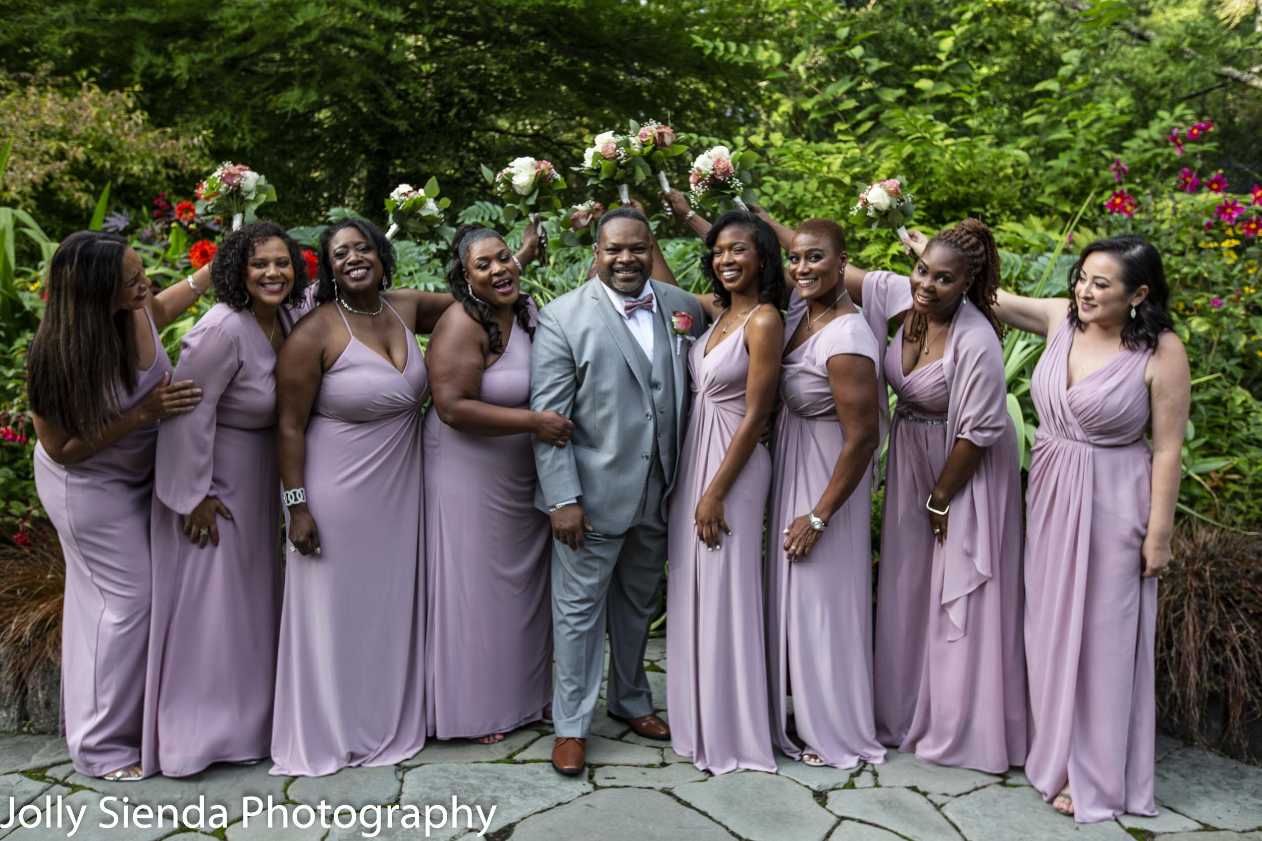 Jefferson Butler with the bridesmaids at Heronswood Garden by Jolly Sienda Photography