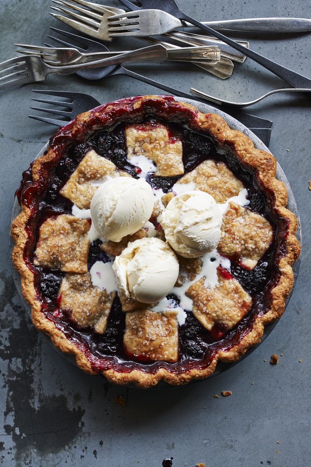 sunsetmag :      Anjou Bakery's Marionberry Pie       I am so missing my marionberry plants. Over two damp, dank summers they were  overtaken by a fungal disease–botrytis .  I'll replant this winter after two seasons without marionberries and then I'll make this marionberry pie.