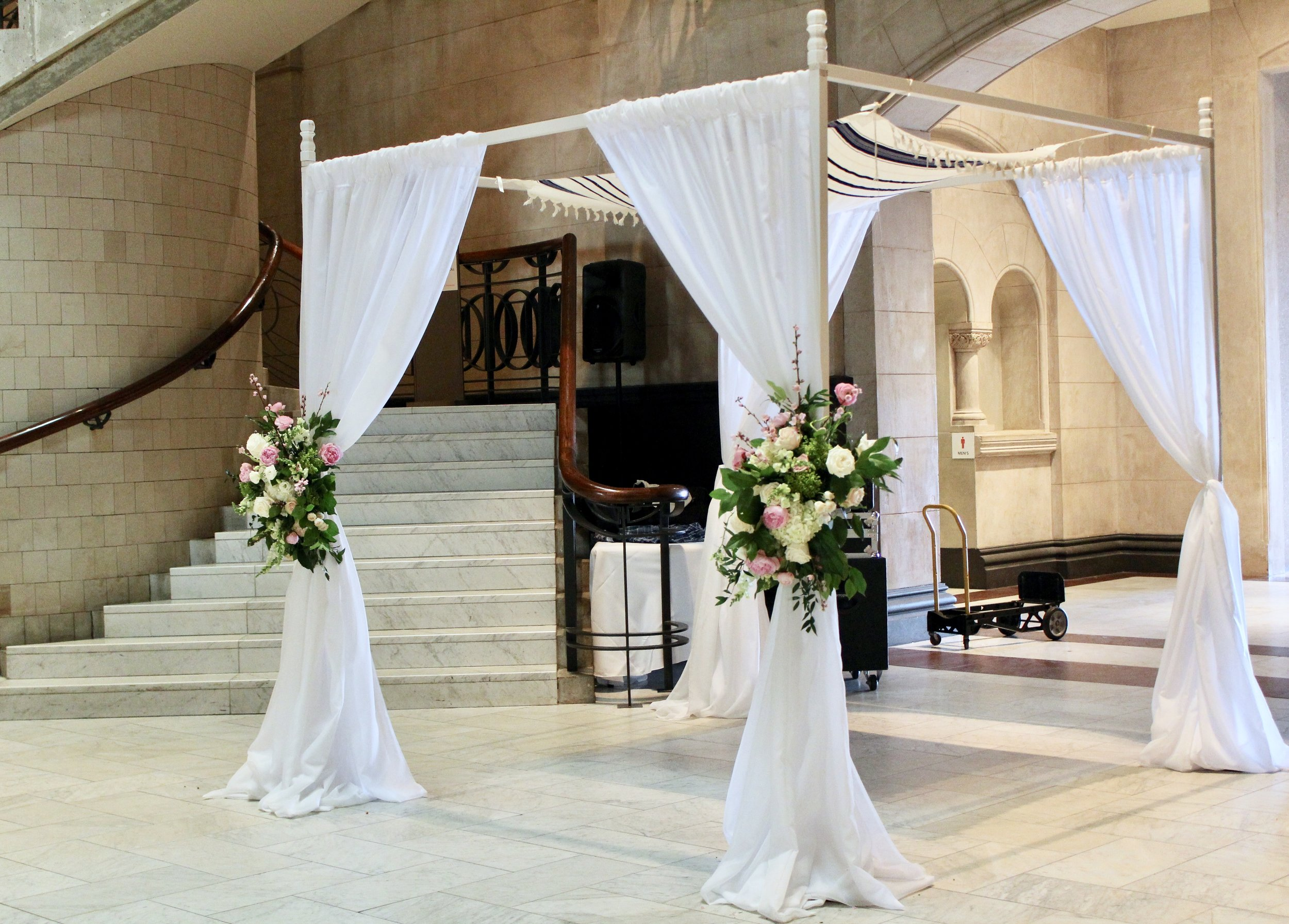 Chuppah for spring wedding at Cincinnati Art Museum by Yellow Canary Floral Design