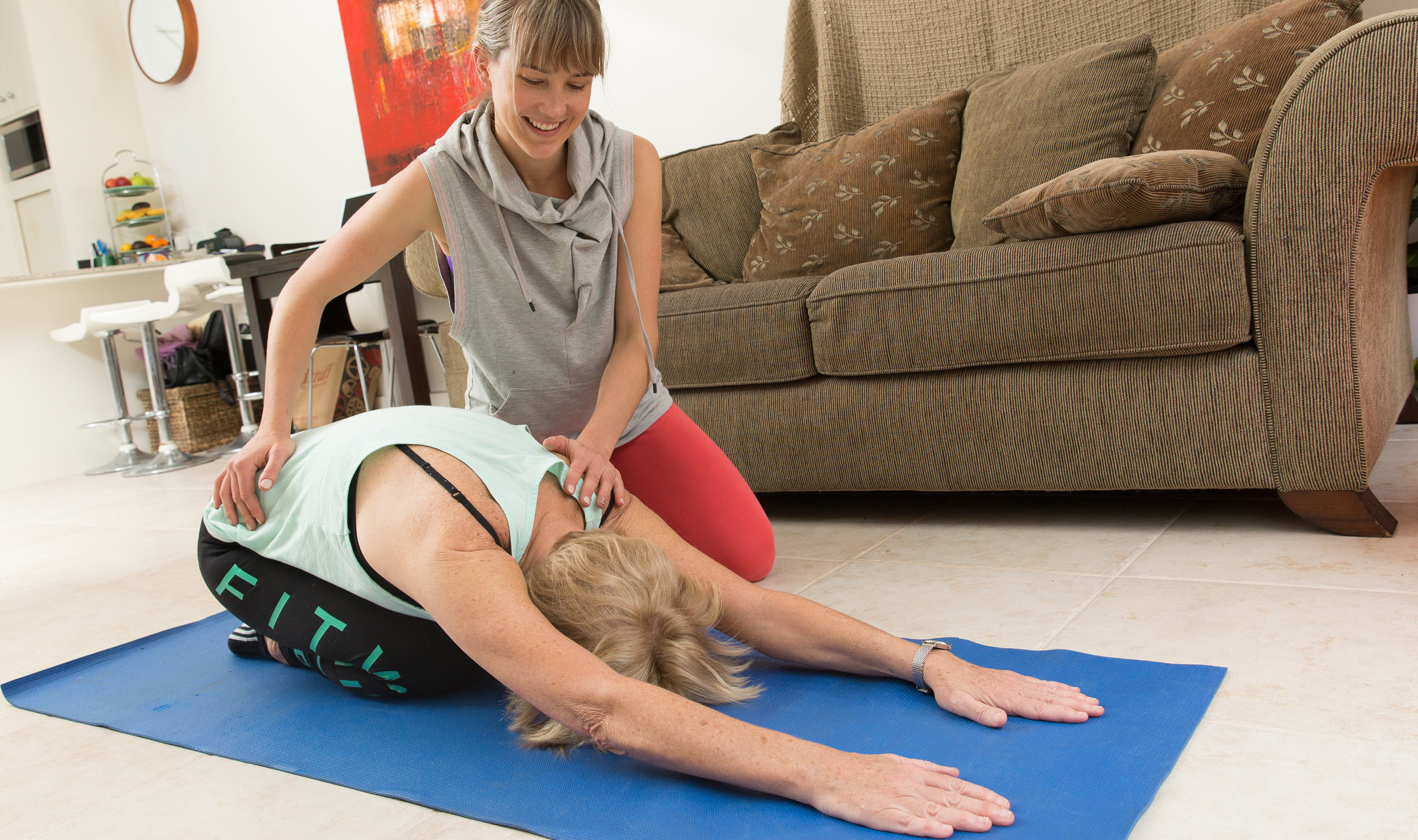 Kirsti provides one on one pilates in your home