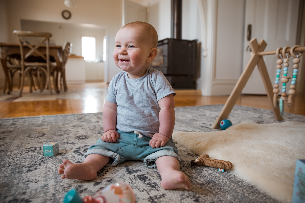 bay sitting up on mat lifestyle in home family photograpy Geelong Armstrong Creek Jan Juc
