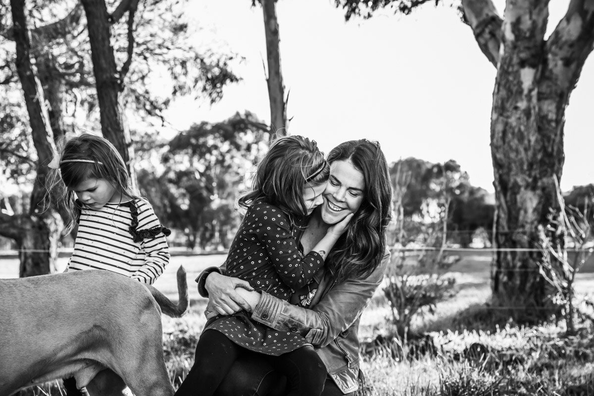 Mum and daughter embracing LaurenMcAdam Photography Geelong torquay newtown armstrong creek moriac family photographer-12.jpg