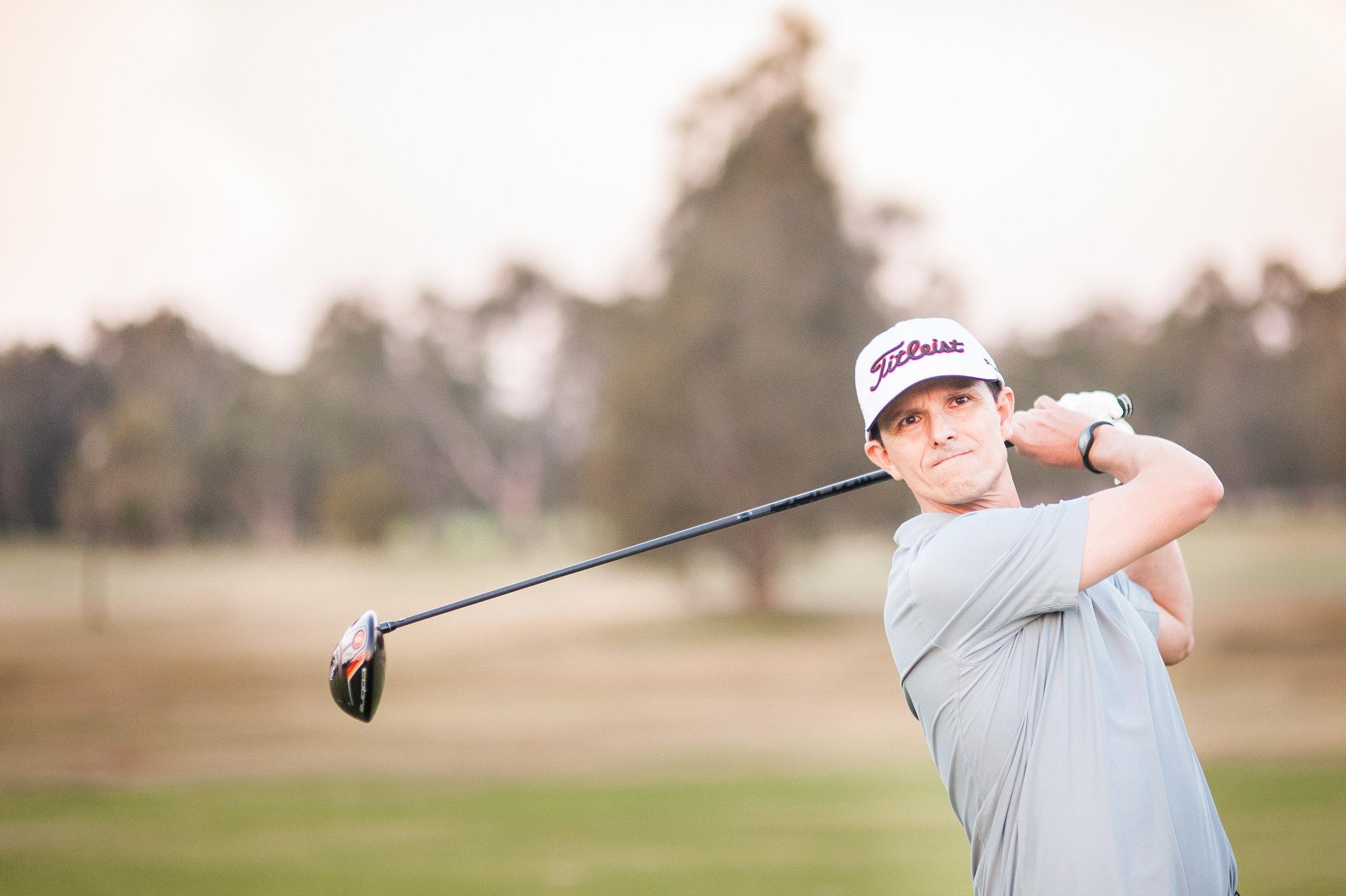 golf ironset up -