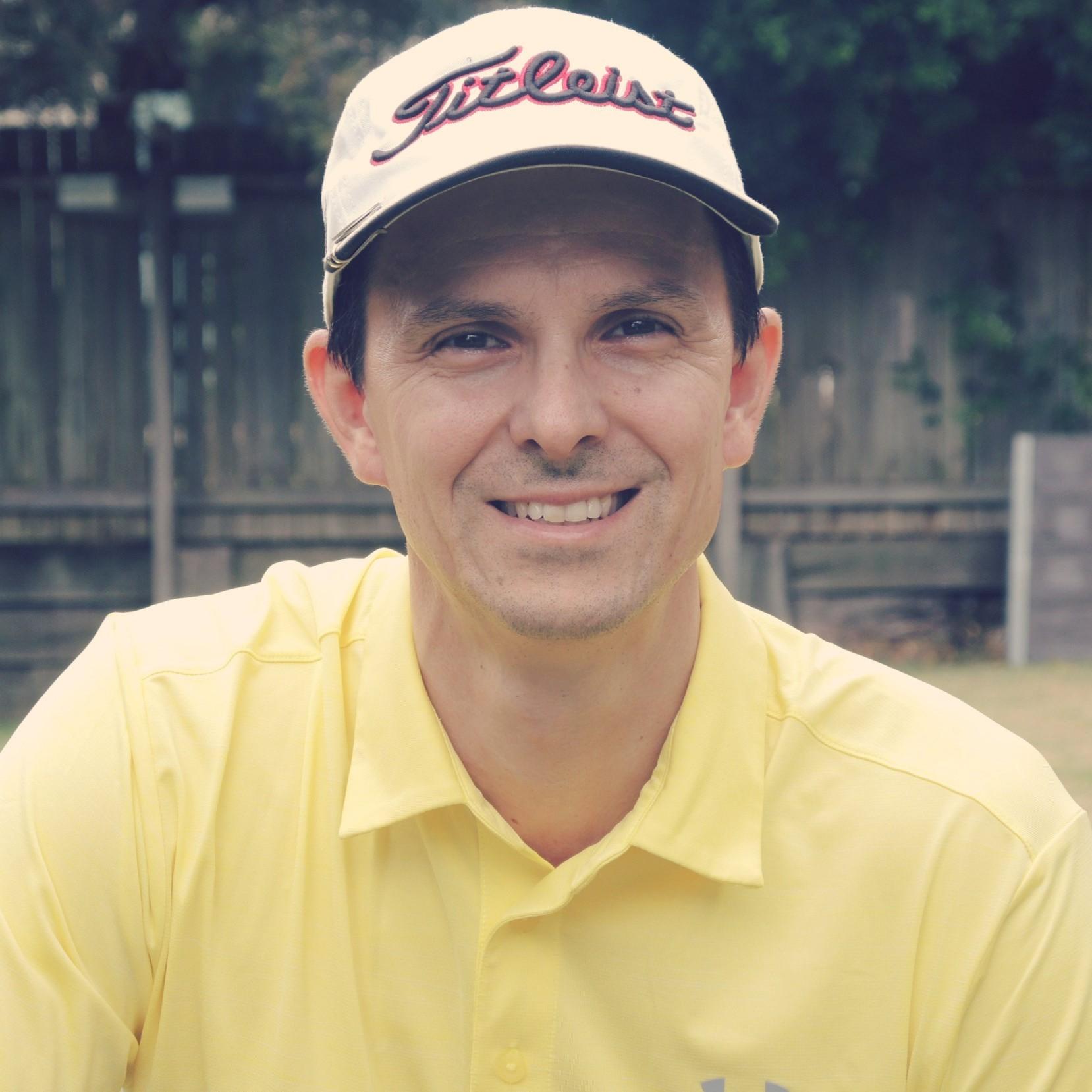 Troy Vayanos founder of golf instruction website www.hittingitsolid.com