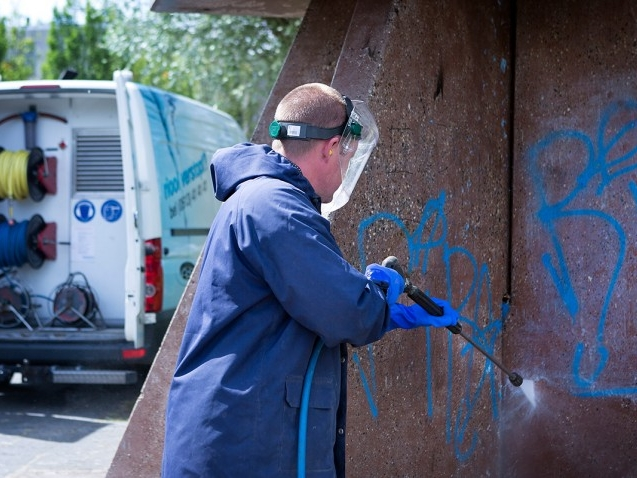 Graffiti-verwijderen-03-708x478.jpg