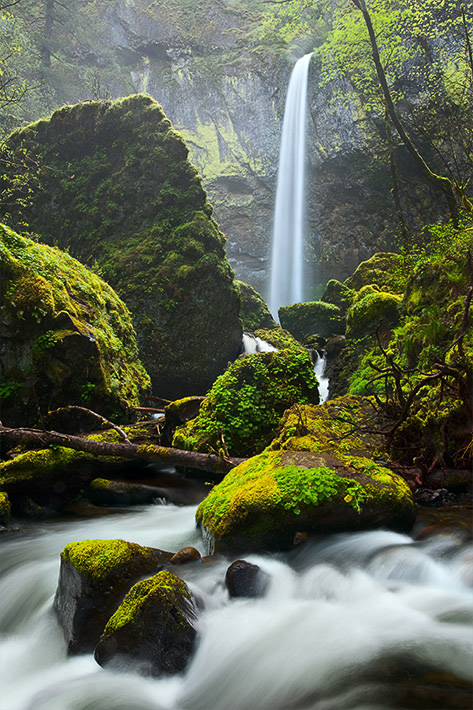 Elowah falls colombia river gorge oregon.jpg