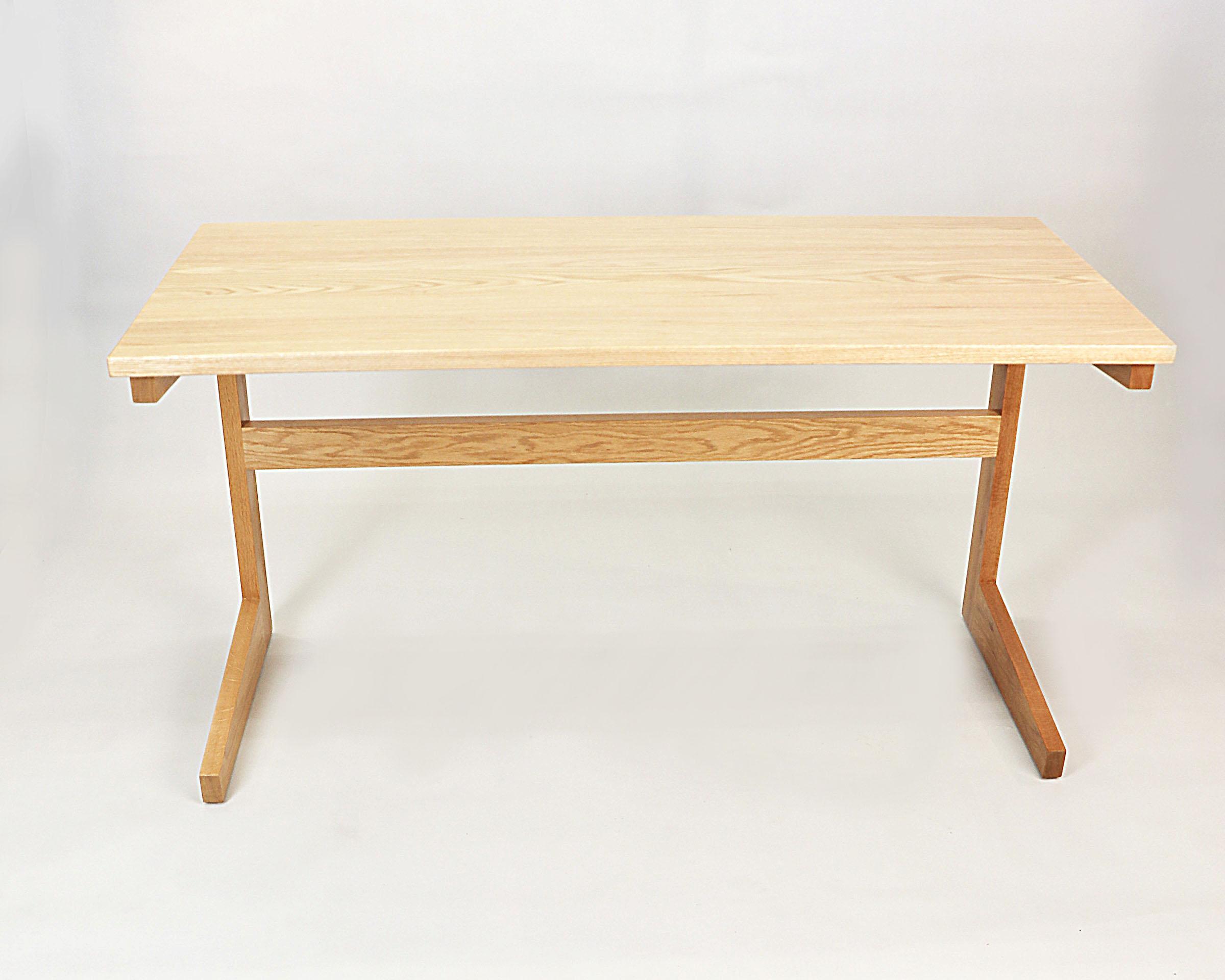 Streamline Desk3.jpg