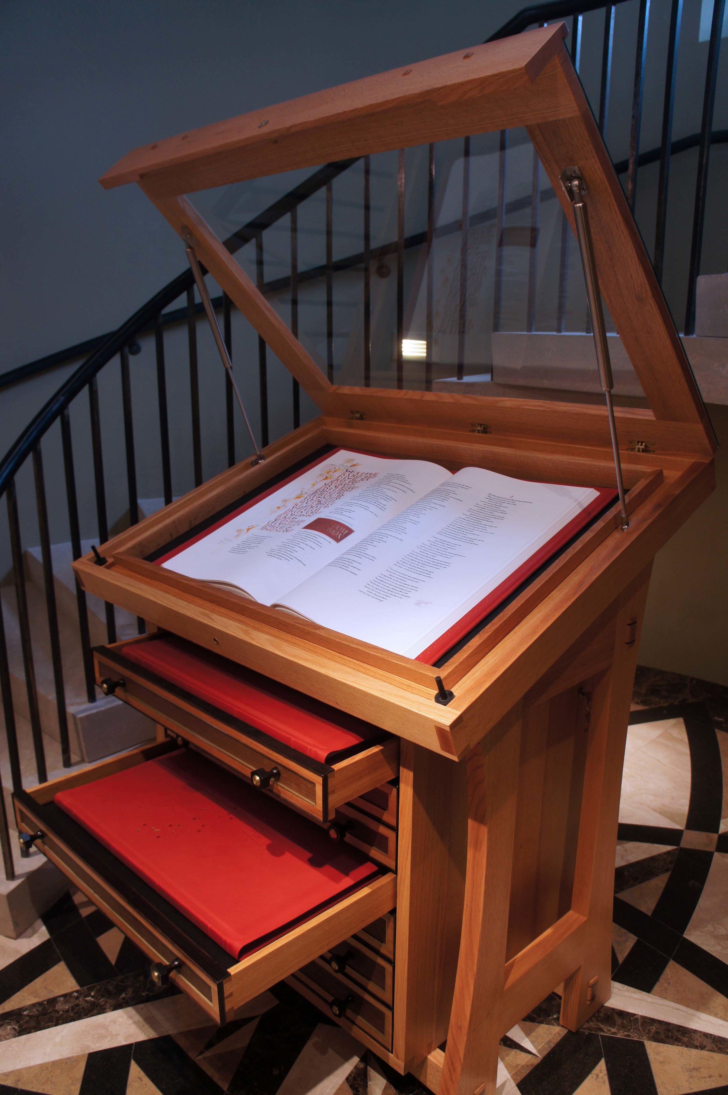 Bible Holder Oak Wood