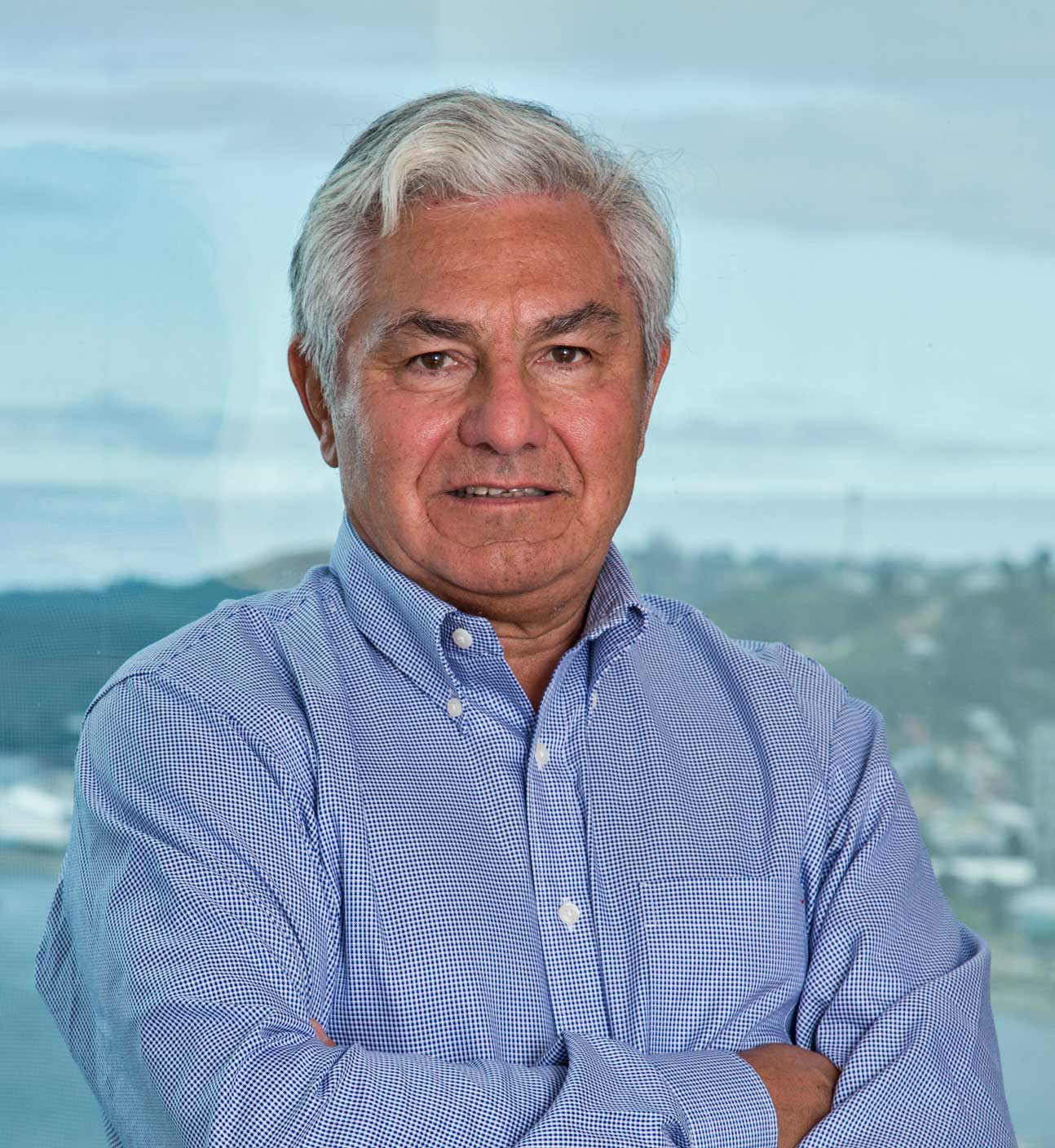 Arturo Clément  Chairman of Salmon Chile, Founder of BluGlacier  Entrepreneurship, Finance, Salmon, Seafood market expert