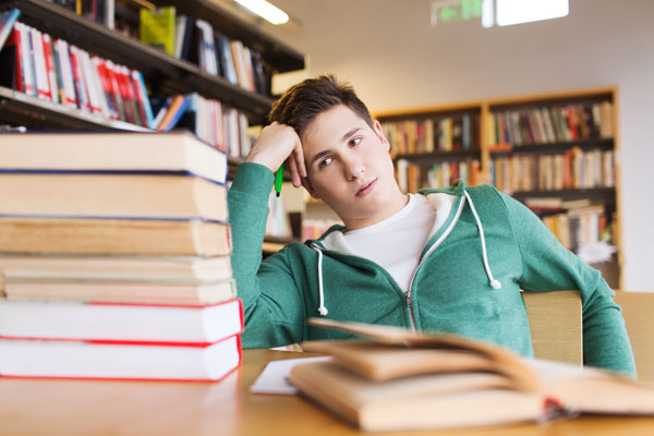 HighSchool-Boy-Books600x400.jpg