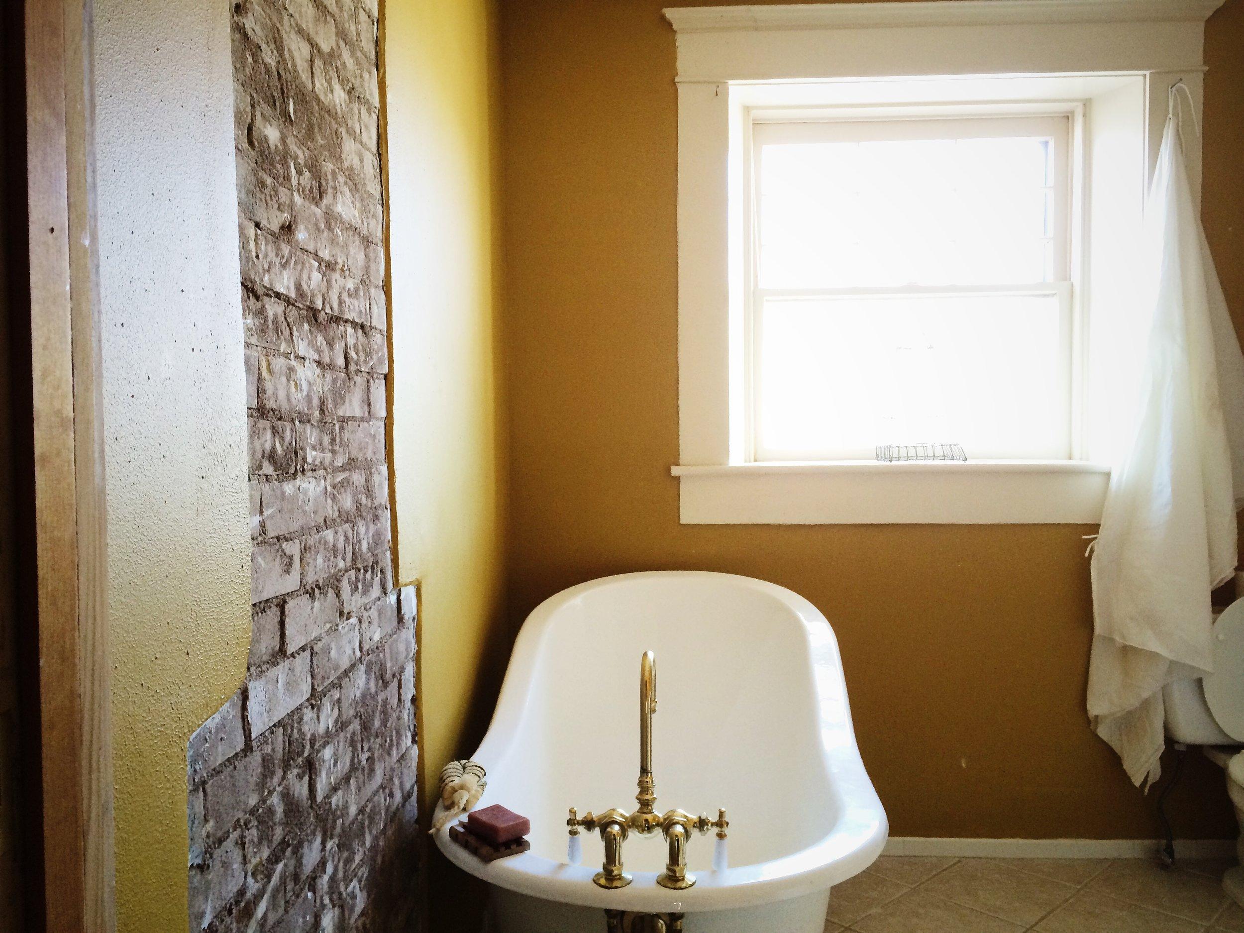 Bathroom int..JPG