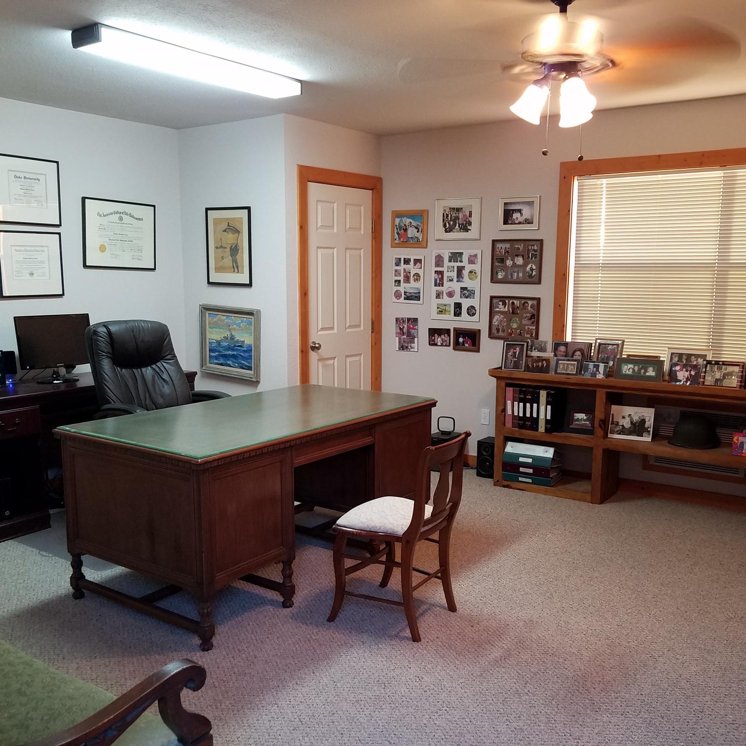 casita_office.jpg.jpg