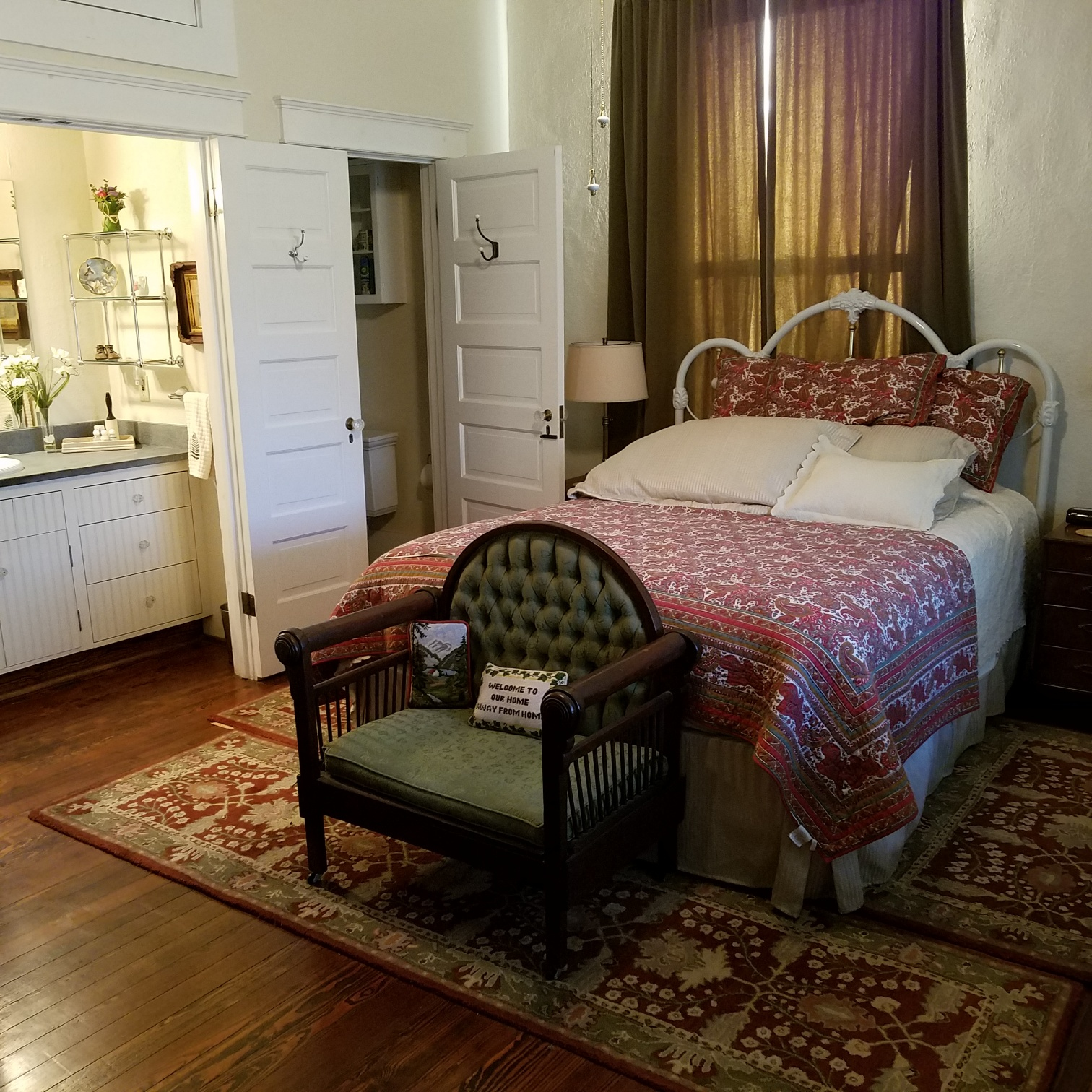 bedroom1_w half bath.jpg.jpg