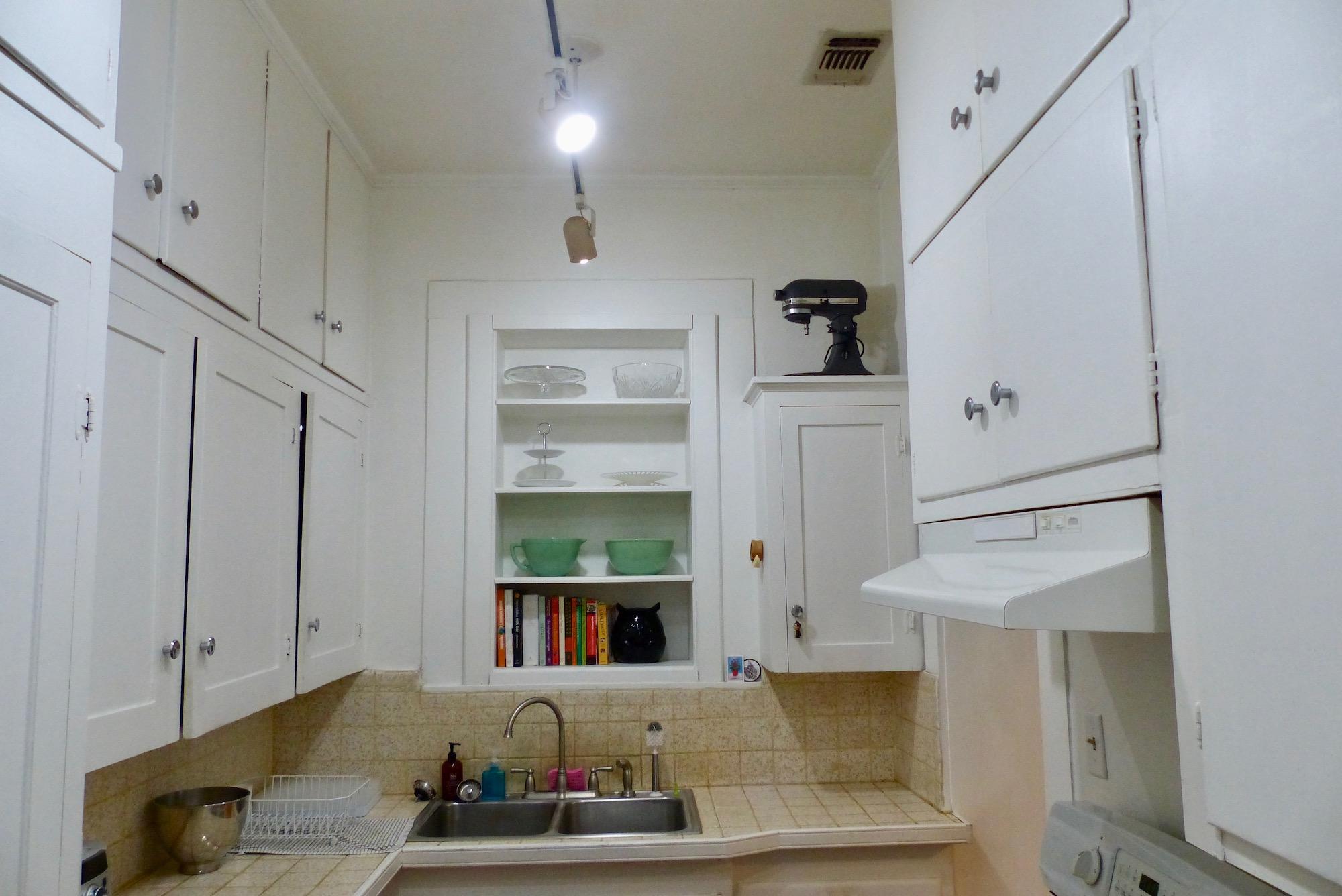 kitchensinkcabinets.jpg