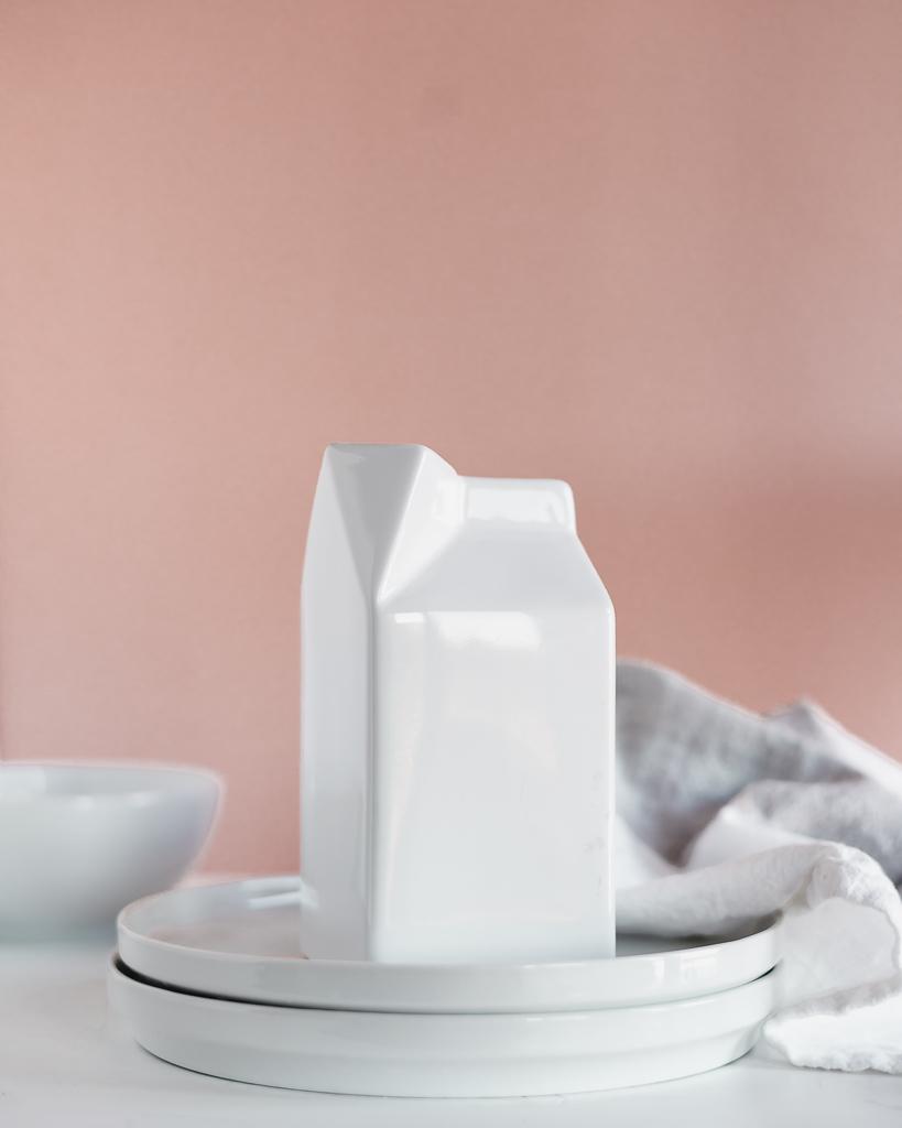 Milk Pourer