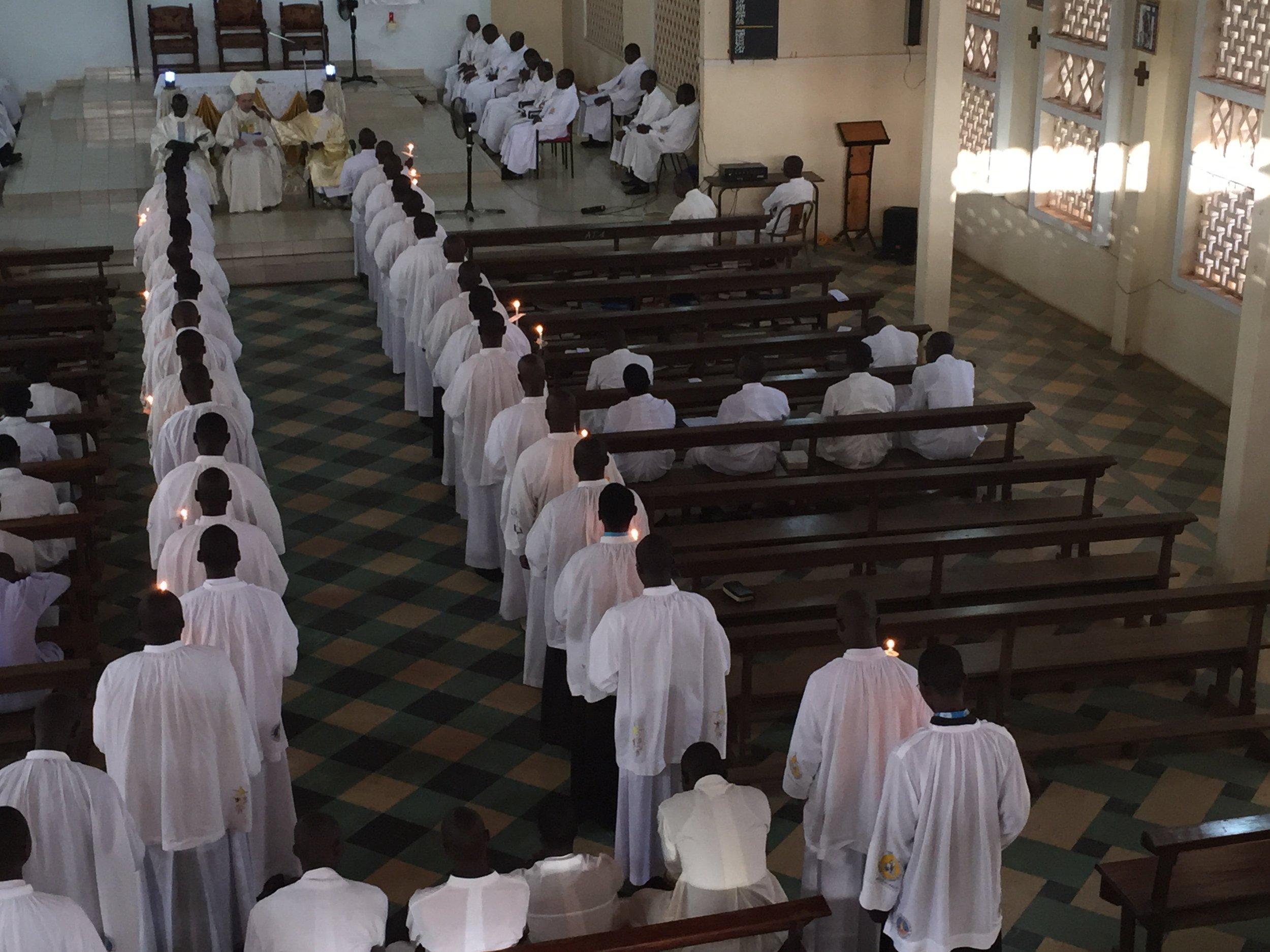 La collation des ministères avec le Nonce Apostolique