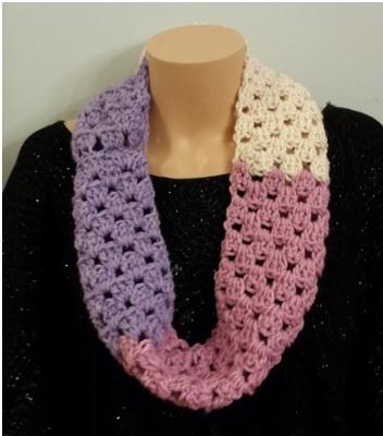 Purple pink white scarf.jpg