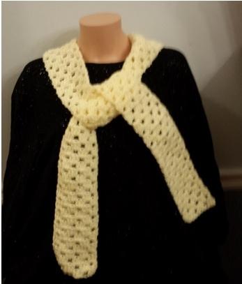 Black sweater cream scarf.jpg