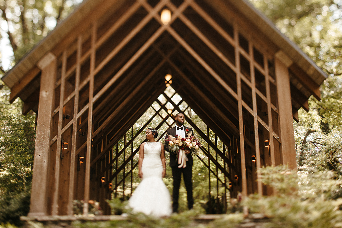 Memphis-Wedding-Planner-Wedding-Day-Manager-Florist-Wedding-Designer-Floral-Curator-Coordinator-Memphis-Botanic-Garden-the-Hatches-Photography